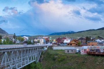 USA,Rocky Mountains,Montana,Gardiner,bridge over Gardiner river